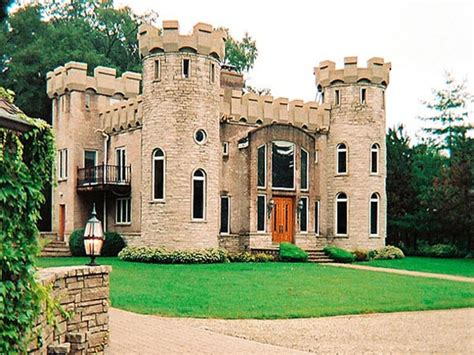 small castle style house mini mansions houses italian style house plans castle style