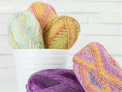 yarn blogs knitting cozy tweed knitting patterns for fall craftsy