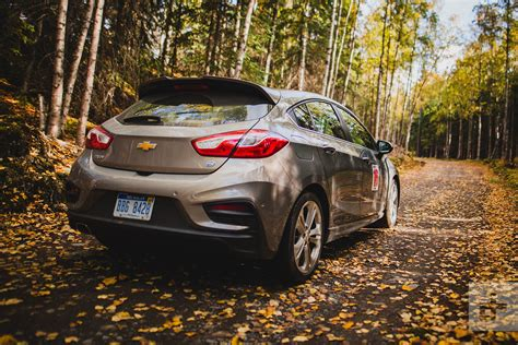 Chevy Cruze Diesel Reviews by 2018 Chevrolet Cruze Hatch Diesel Drive Review