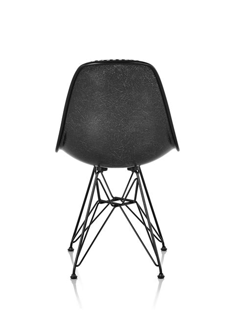 eames fiberglass chairs eames molded fiberglass side chair wire base upholstered