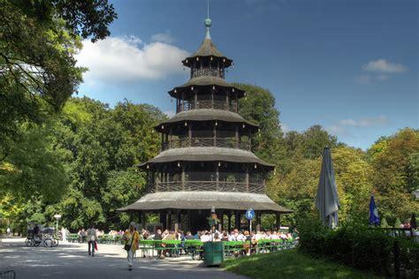 Alter Englischer Garten München by Chinesischer Turm