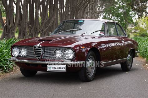 Alfa Romeo 2600 Sprint by Sold Alfa Romeo 2600 Sprint Coupe Auctions Lot 35