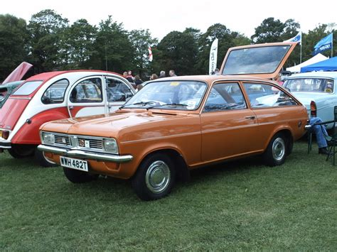 vauxhall firenza picture 3 reviews vauxhall viva estate picture 3 reviews specs
