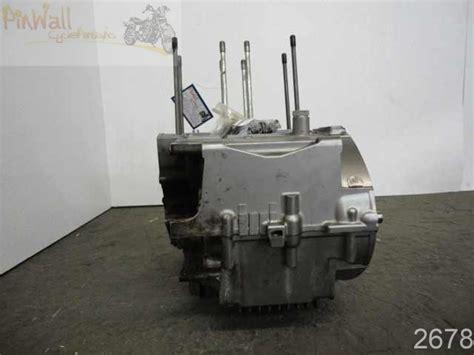 06 Suzuki Gs500f by 06 Suzuki Gs500 Gs500f Engine Crank Cases Crankcase Ebay