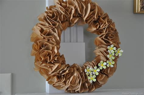 paper wreath craft savvy saturday project ruffle wreath