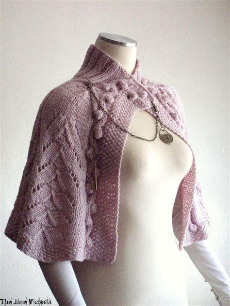 capelet knitting patterns 17 beste afbeeldingen gilets et ponchos tricot op