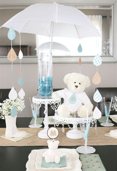 a sweet umbrella themed baby shower