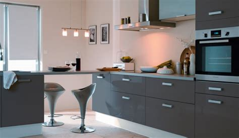 quelle couleur pour les murs d une cuisine aux meubles gris