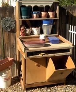 Gardening Workbench 17 Best Ideas About Potting Station On Garden