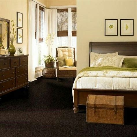 brown bedroom ideas 25 best ideas about brown carpet on