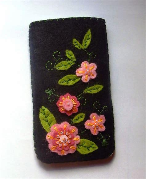 fundas de fieltro funda movil fieltro flores crochet knitt pinterest