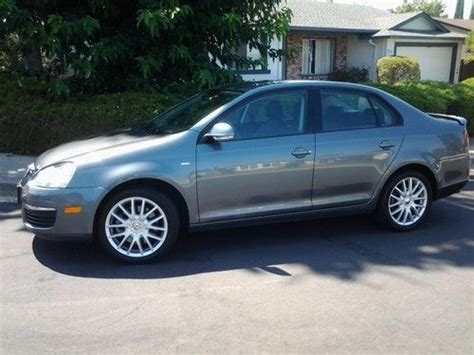 2009 Volkswagen Jetta Wolfsburg Edition by Buy Used 2009 Volkswagen Jetta Wolfsburg Edition Sedan 4