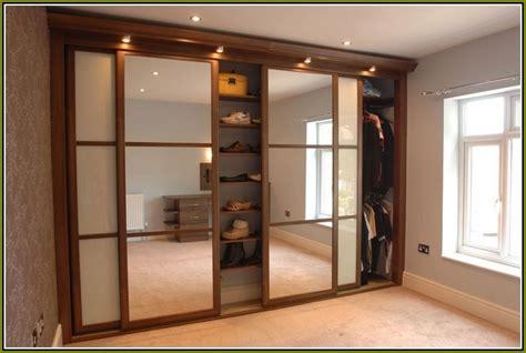 where to buy sliding closet doors where to buy sliding closet doors best 25 sliding closet