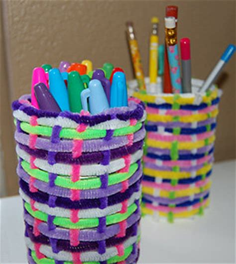easy handmade crafts for easy cheap crafts woven pipe cleaner cans
