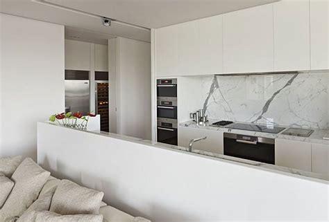 minimalist decorating small spaces minimalist decorating for small space decobizz