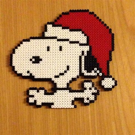 snoopy hama 1000 ideas about beaded snoopy on perler