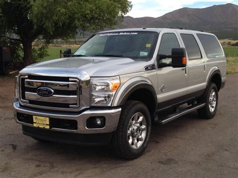 2001 Ford Excursion by Reply