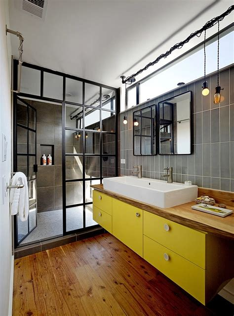 Wood Around Bathtub by 10 Fabulous Bathrooms With Industrial Style