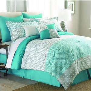 sea green bedding set 25 best ideas about mint comforter on bed