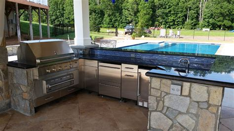 outdoors kitchen fireplaces outdoor kitchens revolutionary gardens