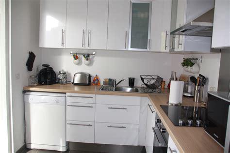cuisine en bois et blanc le bois chez vous