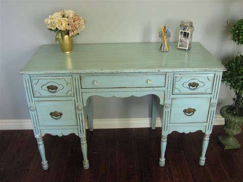 how to paint shabby chic furniture shabby chic furniture finishing apartments i like
