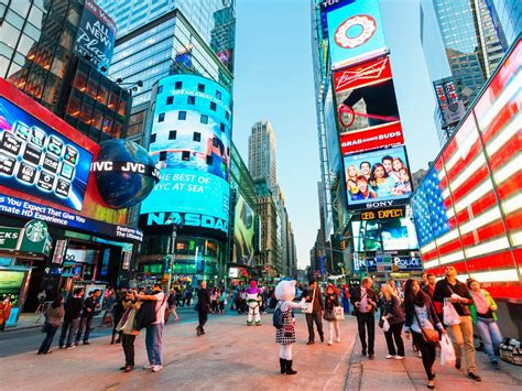 times square what not to do in times square cond 233 nast traveler