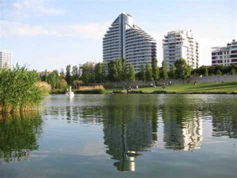 parque cabecera lago del parque de cabecera valencia fotogr 225 fica