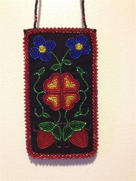 ojibwa bead loom ojibwe floral beaded phone 2013 gokey