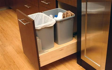 kitchen cabinet garbage can diy pull out trash can in a kitchen cabinet amazing idea