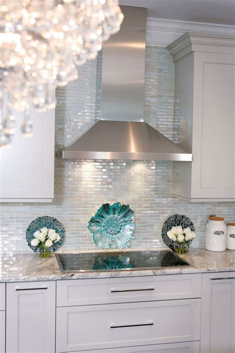 backsplash for kitchen walls best 25 glass tile backsplash ideas on glass