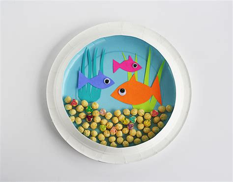 paper plate crafts for 16 easy and diy paper plate crafts shelterness