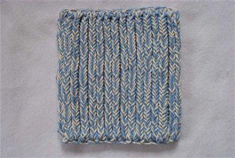 knit potholder pattern two hour potholders favecrafts