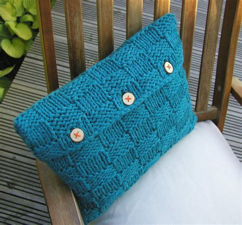knitted pillow cover pattern free knitted things checkerboard cushion cover