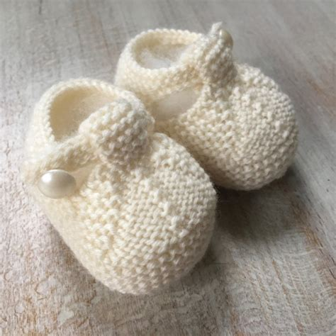 knitted baby booties size newborn to six months baby booties knitting pattern baby