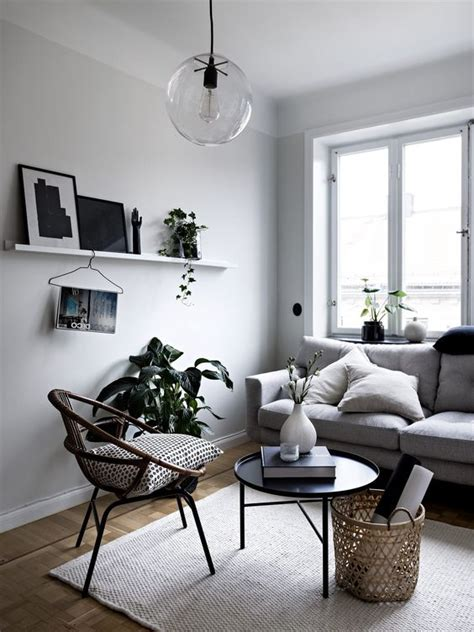 minimalist decorating small spaces 1000 ideas about small living dining on