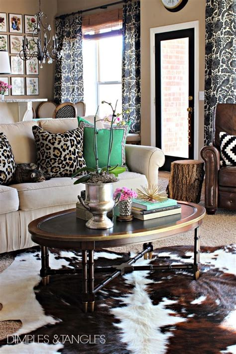 cowhide home decor 25 best ideas about cowhide rug decor on