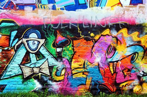 spray paint wall free photo graffiti wall painting spray free