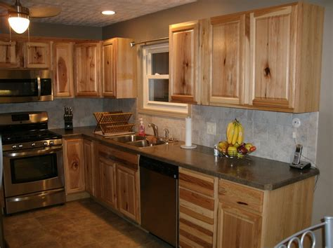 hickory kitchen cabinets hickory wood cabinets kitchens
