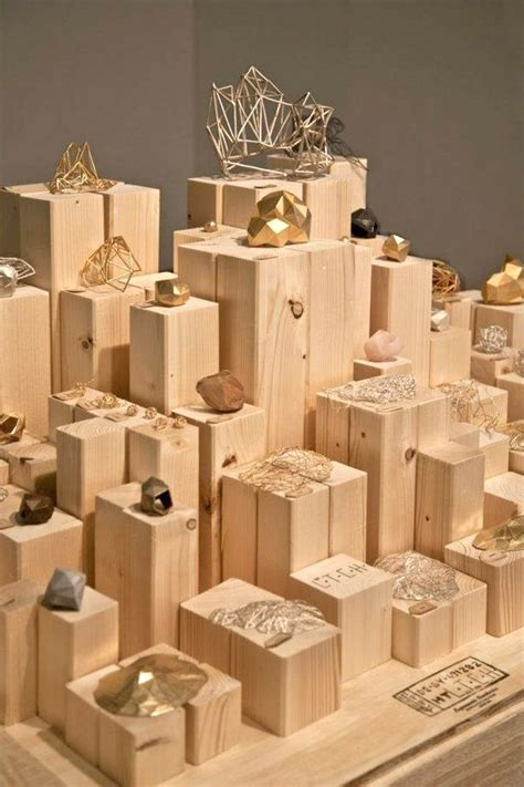 display ideas 1000 ideas about jewelry store displays on