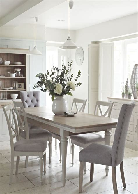 the dinning room best 25 classic dining room ideas on gray