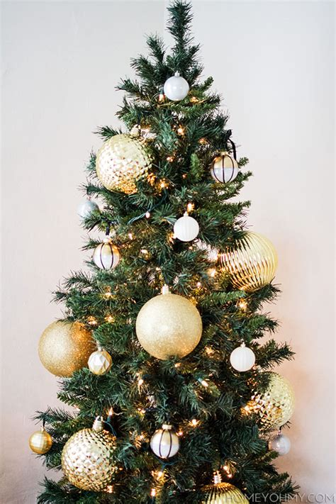 large tree ornaments rainforest islands ferry