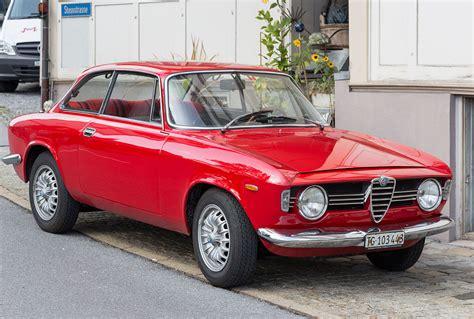 Alfa Romeo History by File Alfa Romeo Giulia Sprint Gt Jpg Wikimedia Commons