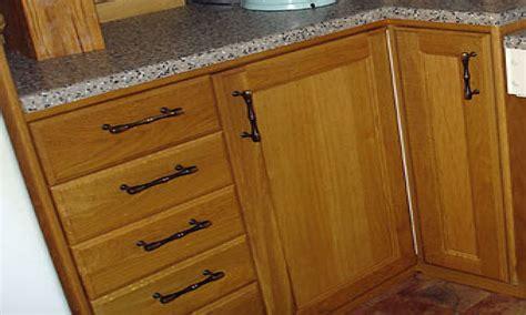 kitchen cabinet knob placement kitchen cabinet door knob placement proper kitchen cabinet
