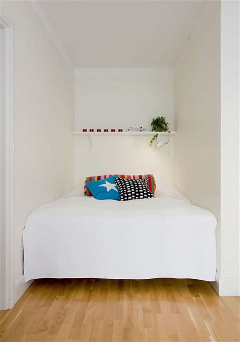 Small Bedroom Makeover Ideas by Budget For Small Bedroom Decorating Ideas Small Bedroom