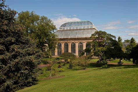 botanic gardens edinburgh royal botanic garden edinburgh visitscotland