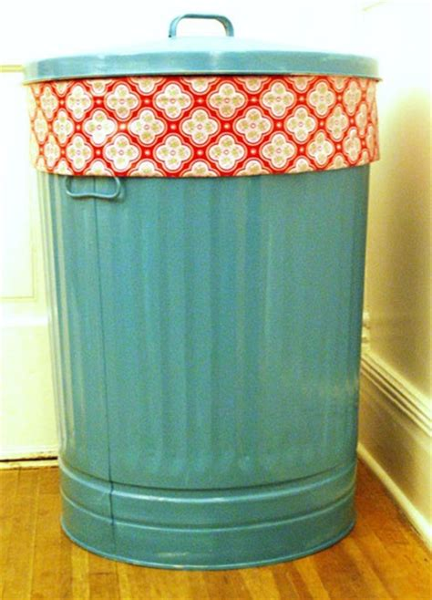 Spray Paint A Trash Can For Laundry Why Didnt I Think