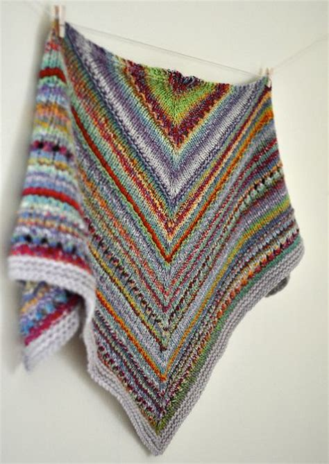 knitting patterns using leftover yarn some of this and that kerchief great use of leftover yarn