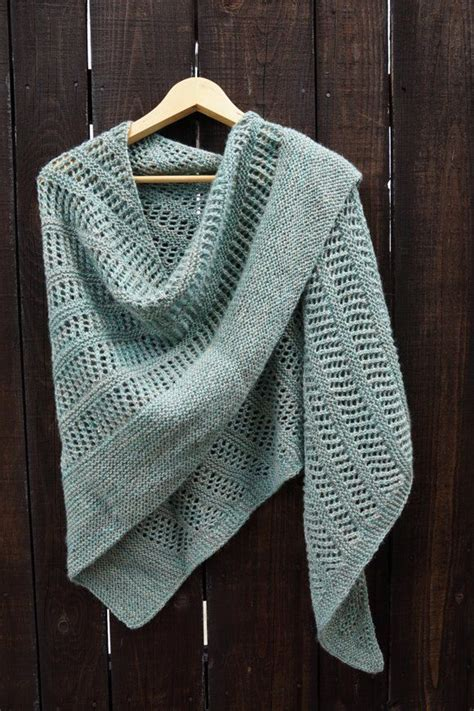 is it harder to knit or crochet 25 unique shawl patterns ideas on shawls