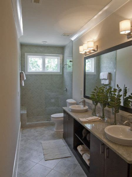 Narrow Bathroom Ideas by The 25 Best Small Narrow Bathroom Ideas On